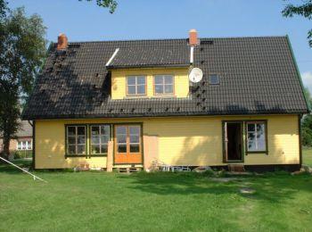 asymetrisches doppelhaus mal etwas ganz anderes das. Black Bedroom Furniture Sets. Home Design Ideas