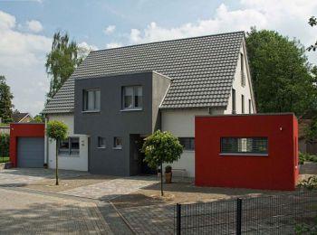 Modernes Niedrigenergiedoppelhaus mit Satteldach | hausbaumax.de