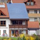 Sonnenenergie für Wärme und Strom nutzen